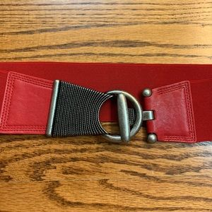 Accessories - Stretchy red faux leather and metal belt